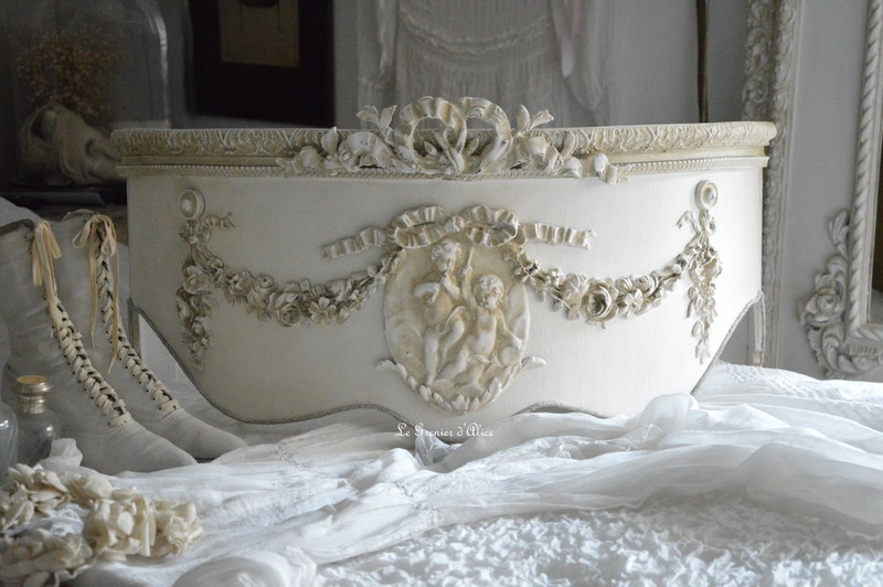 Ciel de lit romantique et shabby chic ciel de lit patiné ciel de lit galbé ciel de lit ornement moulure ciel de lit ange noeud ciel de lit de style french canopy shabby chic romantic