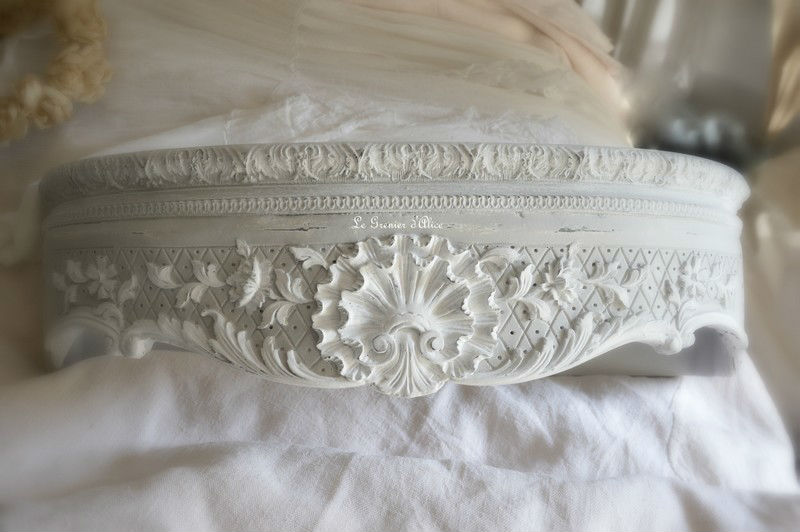 ciel de lit demi lune patin chambre romantique et shabby chic boutique. Black Bedroom Furniture Sets. Home Design Ideas