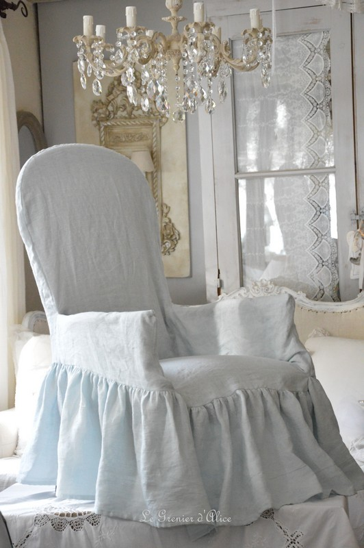 housse de fauteuil voltaire romantique et shabby chic avec son joli noeud boutique www. Black Bedroom Furniture Sets. Home Design Ideas