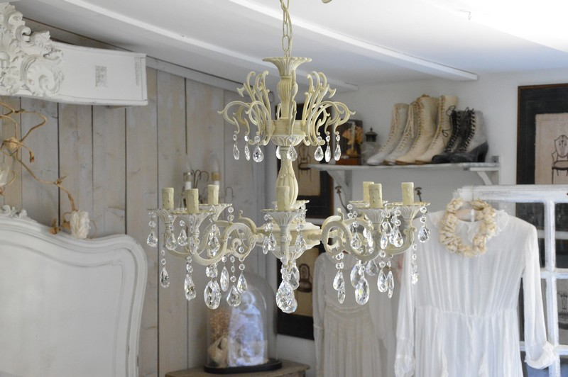 lustre patin pampilles cristal lustre romantique et shabby chic boutique. Black Bedroom Furniture Sets. Home Design Ideas