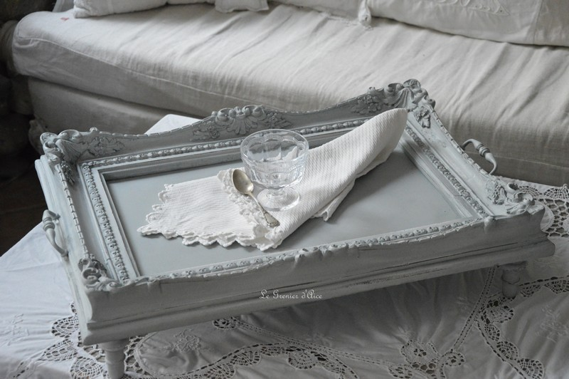 plateau d co petit d jeuner table basse shabby chic romantique boutique. Black Bedroom Furniture Sets. Home Design Ideas
